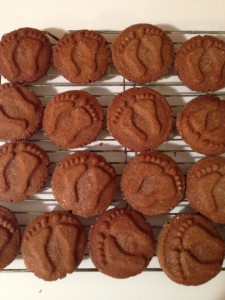 Mom's ginger molasses cookie recipe with feet
